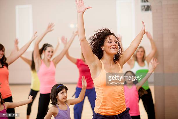 dancing class - dance studio stock pictures, royalty-free photos & images