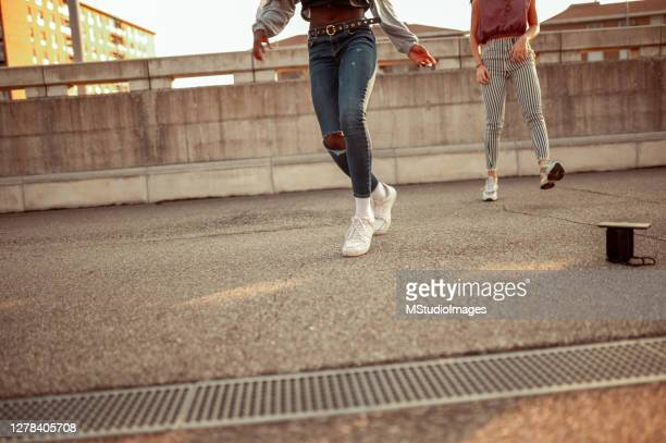 dancing - hip hop music stock pictures, royalty-free photos & images