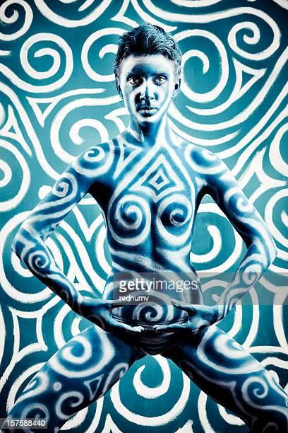 baile chica agite - cuerpo pintado fotografías e imágenes de stock