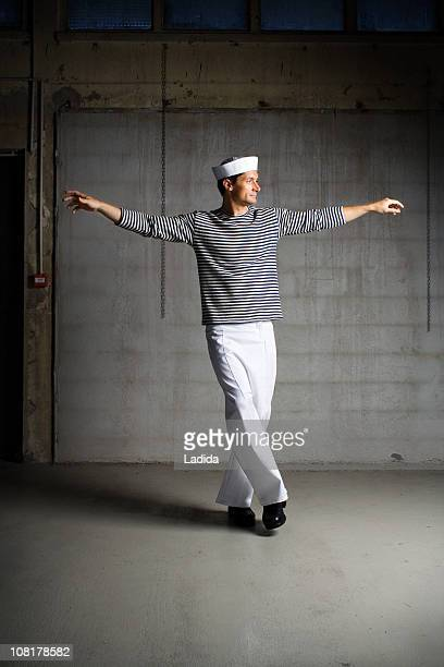danse syrtaki - marin photos et images de collection