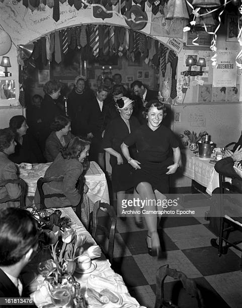 A dancing train in Lady Patachou's bistrot Paris 1950s