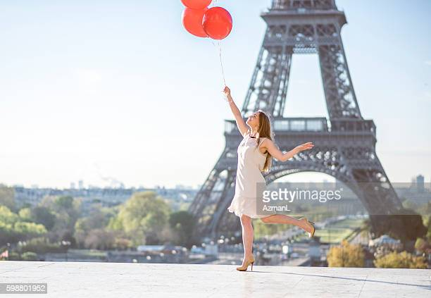 Dancing with baloons