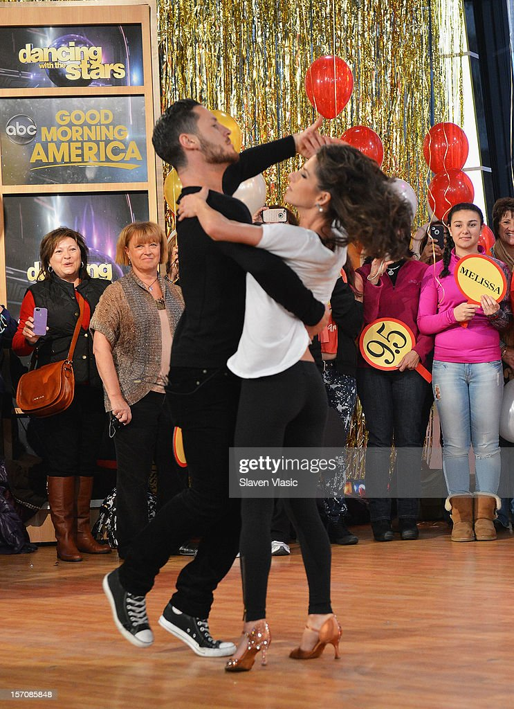 All Stars' finalists Kelly Monaco and Valentin Chmerkovskiy perform at ABC News' Good Morning America Times Square Studio on November 28, 2012 in New York City.