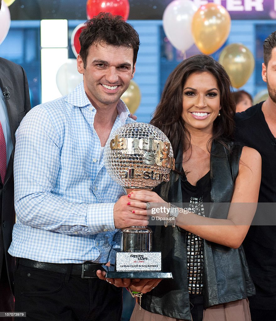 """Dancing With The Stars"" Finalists Visit ABC's Good Morning America"