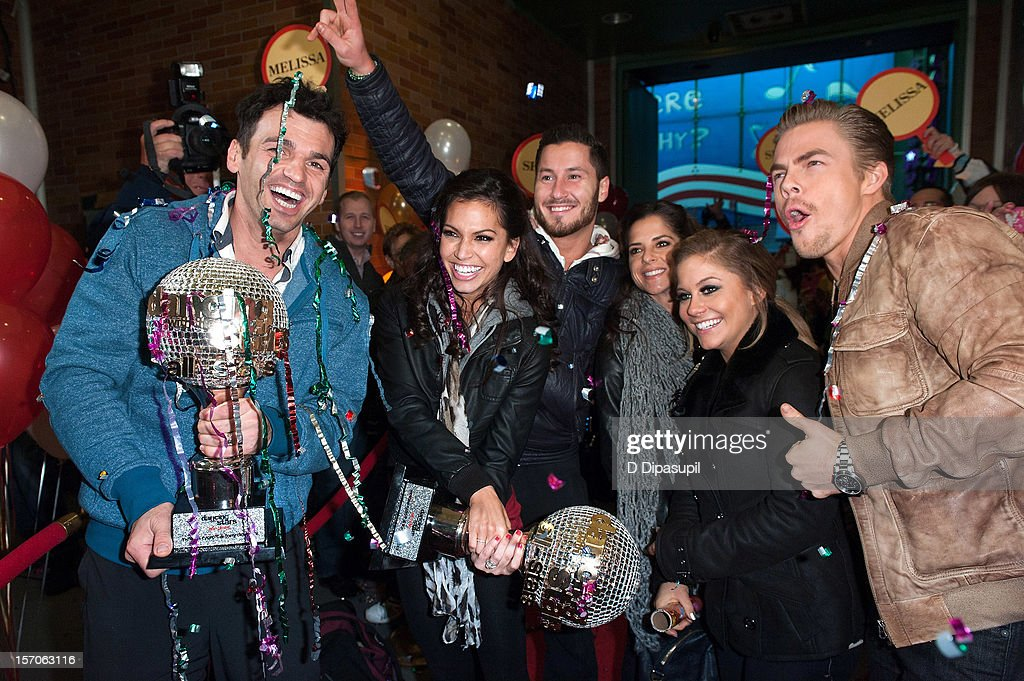 'Dancing With The Stars: All Stars' winners Tony Dovolani (L) and Melissa Rycroft (2nd L) and finalists (L-R) Valentin Chmerkovskiy, Kelly Monaco, Shawn Johnson, and Derek Hough arrive at ABC News' Good Morning America Times Square Studio on November 28, 2012 in New York City.