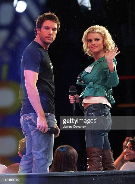 Dane Cook and Jessica Simpson during Jessica Simpson and Dane Cook Outside MTV's TRL Studios October 4 2006 at MTV Studios Times Square in New York...