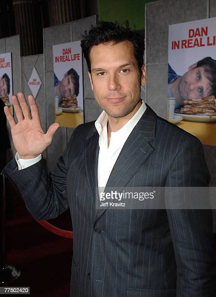 Dane Cook attends the premiere of Dan In Real Life at the El Capitan Theater on October 24, 2007 in Hollywood, California.
