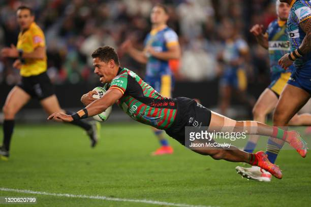 Dane Gagai of the Rabbitohs scores a try during the round 12 NRL match between the South Sydney Rabbitohs and the Parramatta Eels at Stadium...
