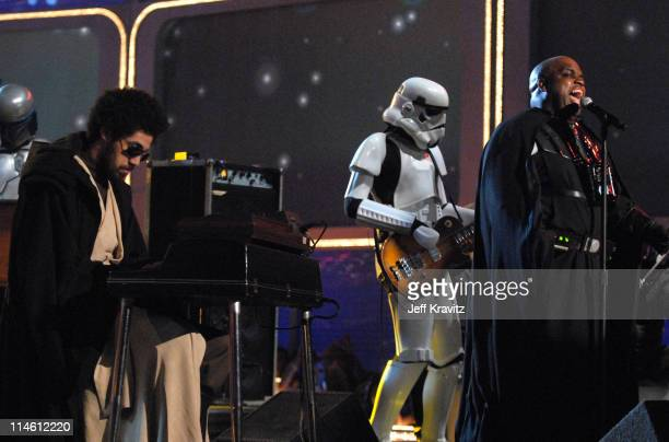 Danger Mouse and CeeLo of Gnarls Barkley perform 'Crazy'