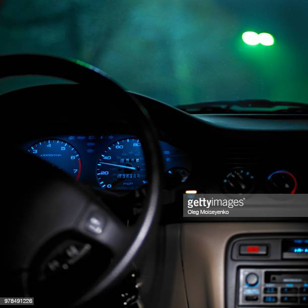 danger of driving at night - driverless transport stock pictures, royalty-free photos & images