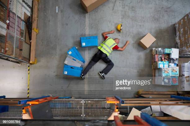 Gevaarlijke ongeval tijdens het werk. Eerste hulp