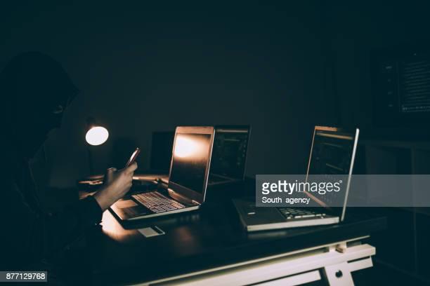 Gefährlichen Hacker mit Sturmhaube