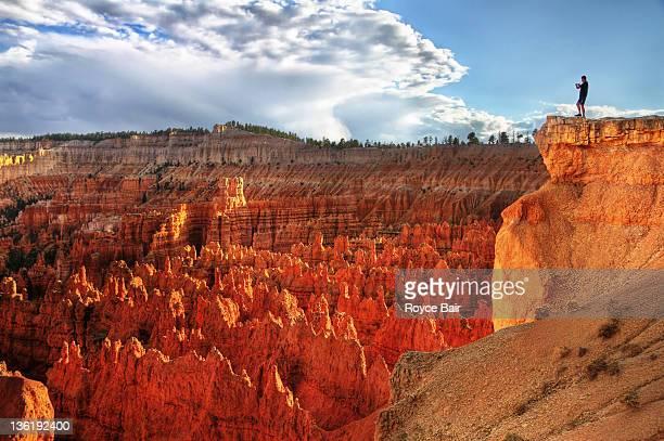 dangerous - bryce canyon - fotografias e filmes do acervo