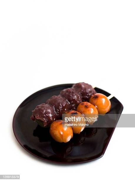 Dango dumplings