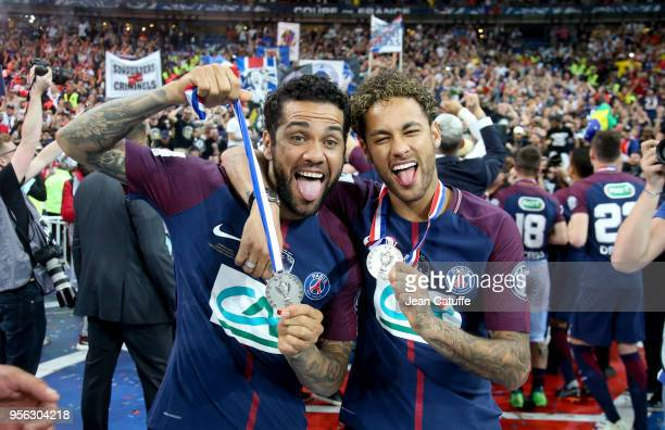 Dani Alves aka Daniel Alves Neymar Jr of PSG celebrate the victory following the French Cup final between Les Herbiers VF and Paris SaintGermain at...