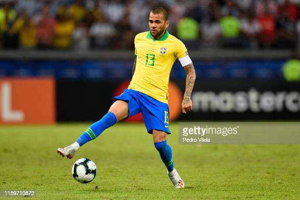 Dani Alves of Brazil controls the ball during the Copa America Brazil 2019 Semi Final match between Brazil and Argentina at Mineirao Stadium on July...