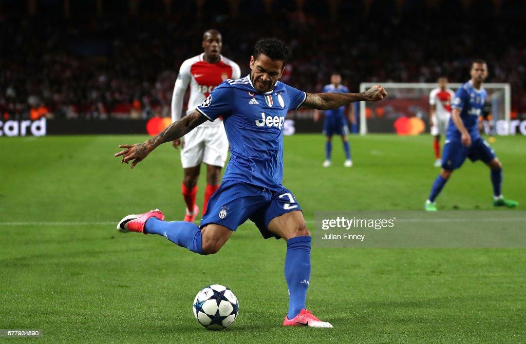 AS Monaco v Juventus - UEFA Champions League Semi Final: First Leg : News Photo