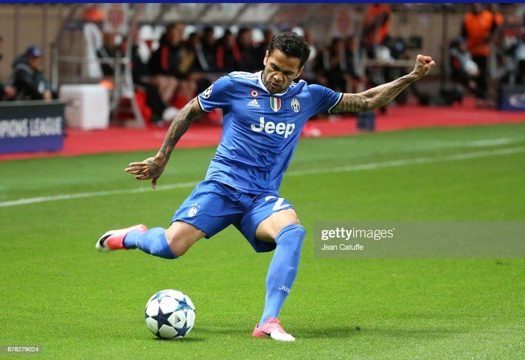 AS Monaco v Juventus - UEFA Champions League Semi Final: First Leg : Foto di attualità