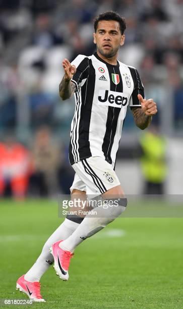 Dani Alves of Juventus in action during the UEFA Champions League Semi Final second leg match between Juventus and AS Monaco at Juventus Stadium on...