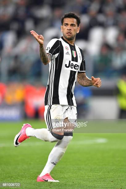 Dani Alves of Juventus reacts during the UEFA Champions League Semi Final second leg match between Juventus and AS Monaco at Juventus Stadium on May...