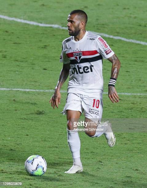 Dani Alves of Sao Paulo controls the ball during the match against Coritiba as part of of Brasileriao Series A at Morumbi Stadium on January 23, 2021...