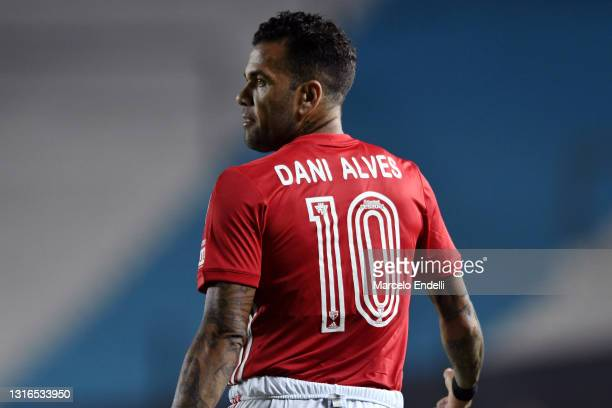 Dani Alves of Sao Paulo looks on during a match between Racing Club and Sao Paulo as part of Group E of Copa CONMEBOL Libertadores 2021 at Presidente...