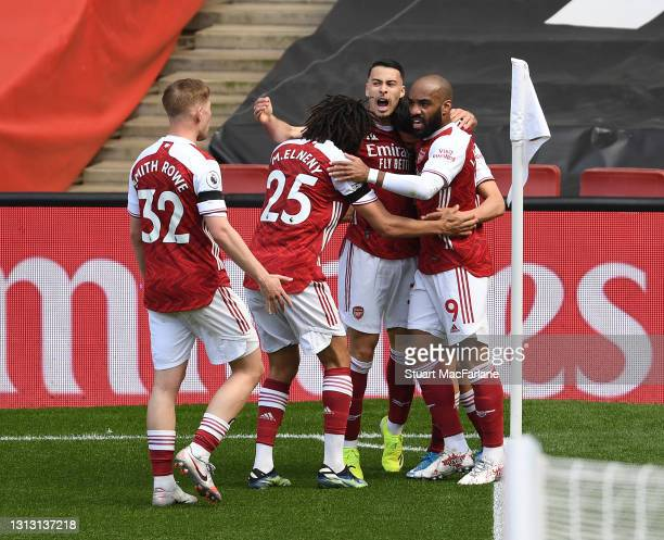 Dani Ceballos, Alex Lacazette, Gabriel Martinelli, Mo Elneny and Emile Smith Rowe celebrate but Arsenal is disallowed during the Premier League match...
