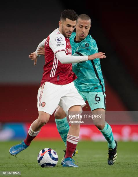 Dani Ceballos of Arsenal and Thiago Alcântara of Liverpool during the Premier League match between Arsenal and Liverpool at Emirates Stadium on April...
