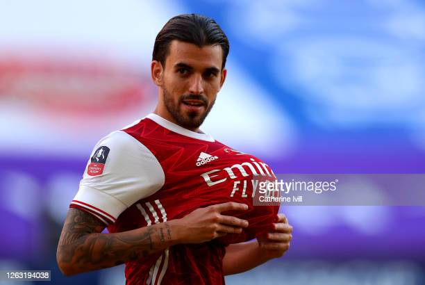 Dani Ceballos of Arsenal looks on with the ball under his shirt during the Heads Up FA Cup Final match between Arsenal and Chelsea at Wembley Stadium...