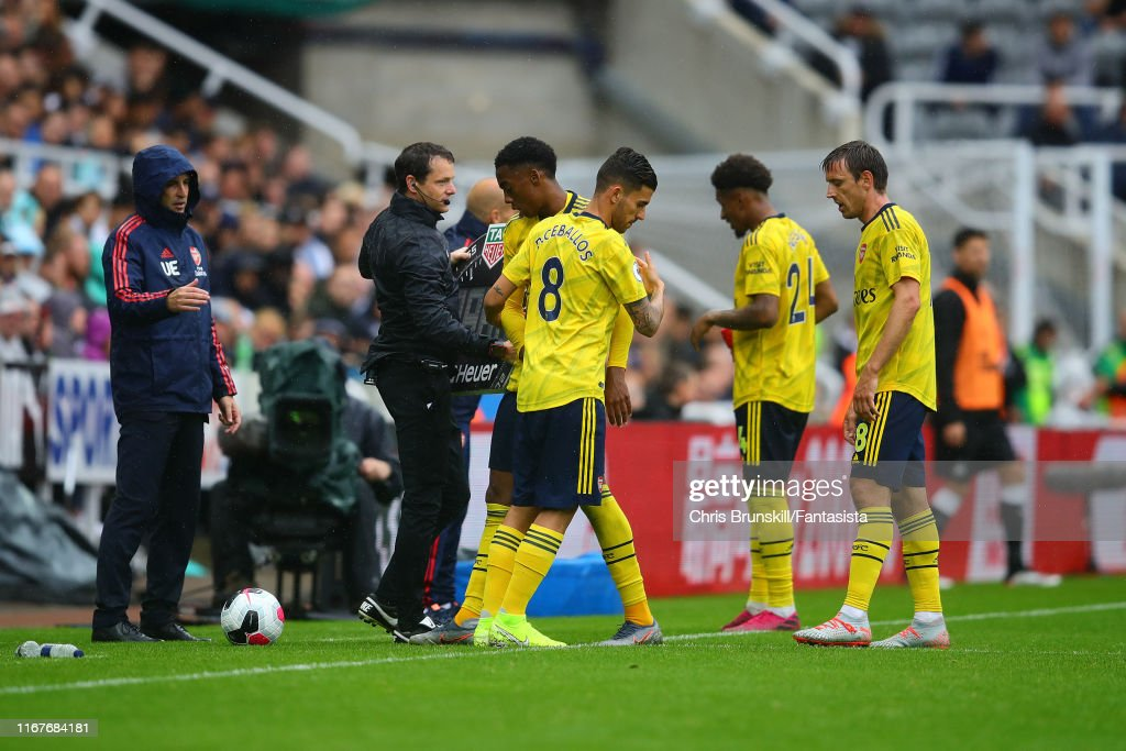 Newcastle United v Arsenal FC - Premier League : ニュース写真