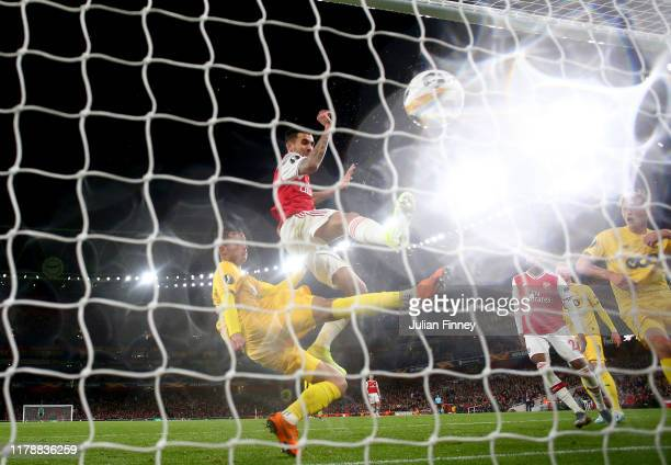 Dani Ceballos of Arsenal scores his team's fourth goal during the UEFA Europa League group F match between Arsenal FC and Standard Liege at Emirates...