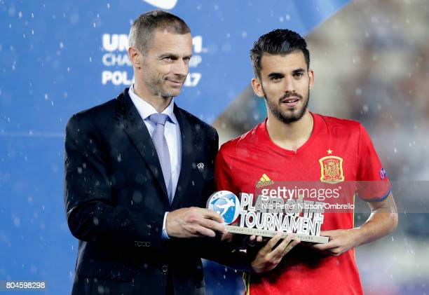 Dani Ceballos of Spain is awarded the Player of the Tournament by Aleksander Ceferin UEFA president during the UEFA European Under21 Championship...