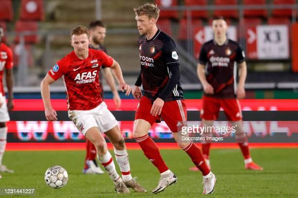 Dani de Wit of AZ Alkmaar, Nicolai Jorgensen of Feyenoord during the Dutch Eredivisie match between AZ Alkmaar v Feyenoord at the AFAS Stadium on...