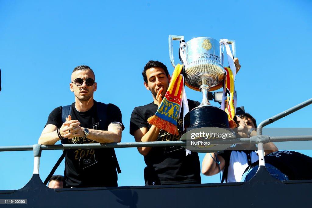 Valencia CF Trophy Parade In Valencia : News Photo
