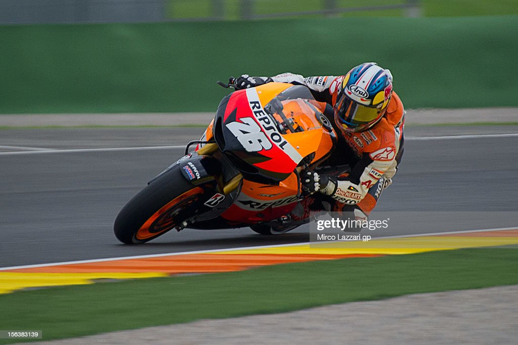 Dani Pedrosa of Spain and Repsol Honda Team rounds the bend during the second day of pre season MotoGP testing at Ricardo Tormo Circuit on November 14, 2012 in Valencia, Spain.