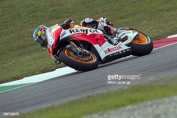 Dani Pedrosa of Spain and Repsol Honda Team rounds the bend during the MotoGp of Italy Free Practice at Mugello Circuit on May 31 2013 in Scarperia...
