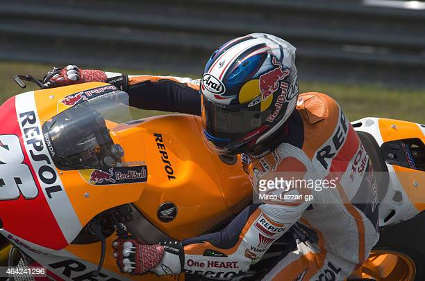 Dani Pedrosa of Spain and Repsol Honda Team rounds the bend during the MotoGP Tests in Sepang Day One at Sepang Circuit on February 23 2015 in Kuala...