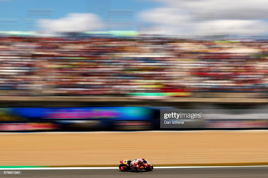 Dani Pedrosa of Spain and the Repsol Honda Team rides during qualifying for the MotoGP of Spain at Circuito de Jerez on May 6, 2017 in Jerez de la Frontera, Spain.