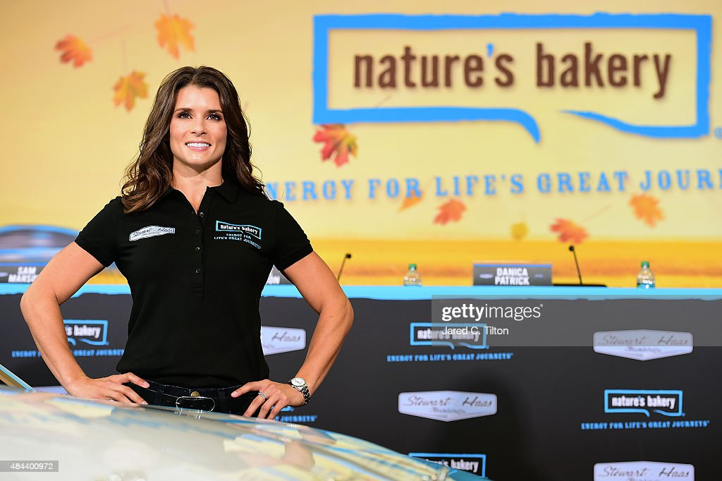 Danica Patrick & Stewart-Haas Racing Announce a Multiyear Partnership With Nature's Bakery