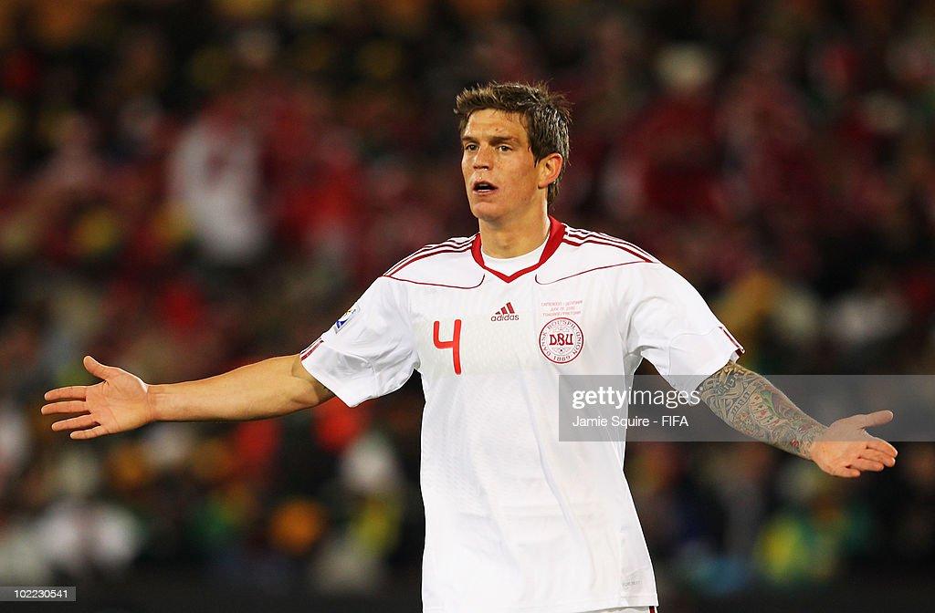 Cameroon v Denmark: Group E - 2010 FIFA World Cup : News Photo