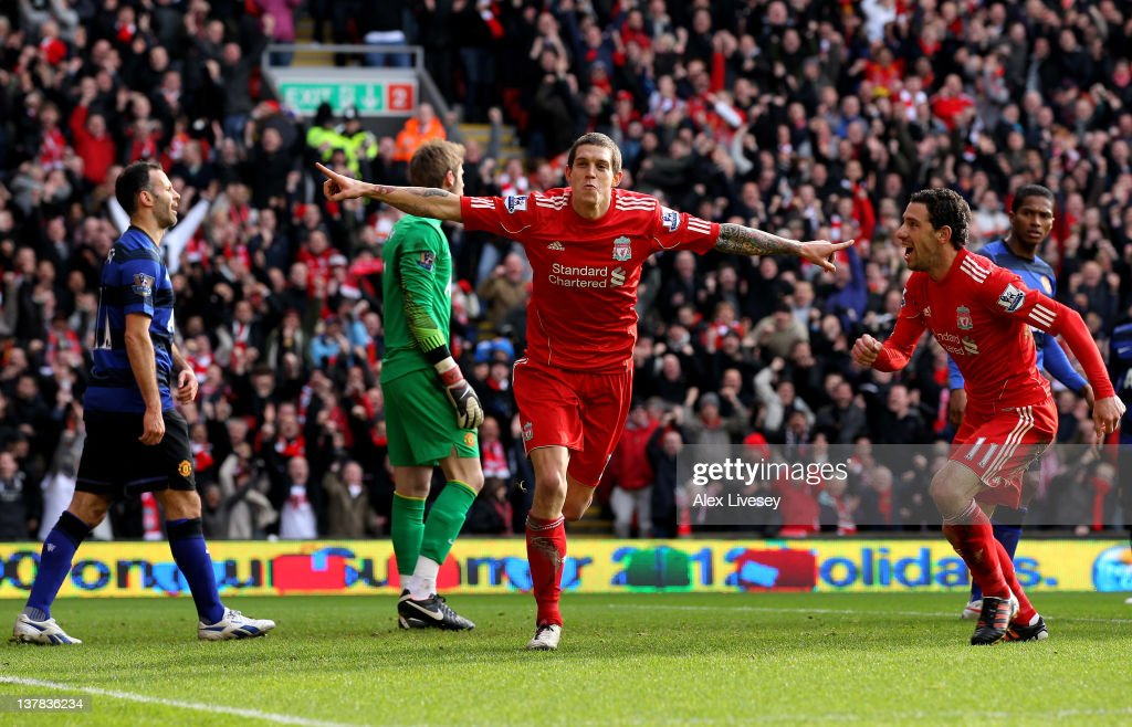 Liverpool v Manchester United - FA Cup Fourth Round : News Photo