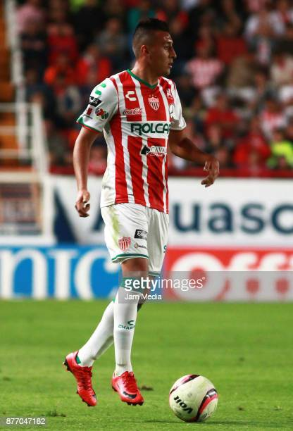 Daniel Alvarez of Necaxa drives the ball during the 17nd round match between Necaxa and Morelia as part of the Torneo Apertura 2017 Liga MX at...
