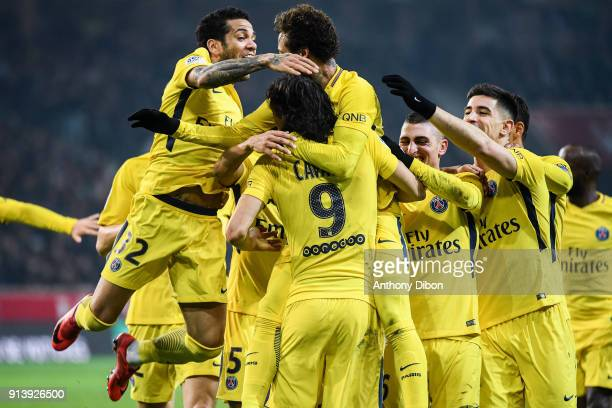 Daniel Alves Neymar Jr and team of PSG celebrates a goal during the Ligue 1 match between Lille OSC and Paris Saint Germain PSG at Stade Pierre...