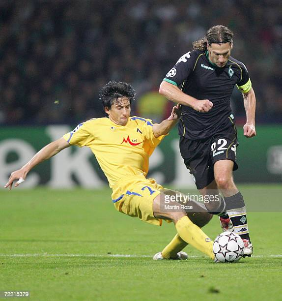 Daniel Borimirov of Sofia and Torsten Frings of Bremen fight for the ball during the Champions League Group A match between Werder Bremen and Levski...