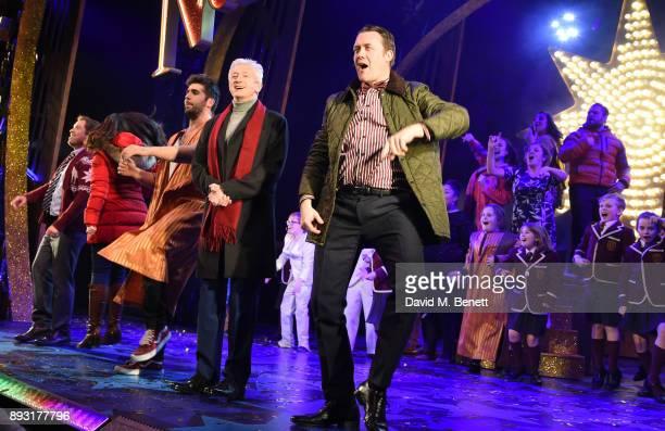 Daniel Boys Sarah Earnshaw Simon Lipkin Louis Walsh and Jamie Chapman take the curtain call at the world premiere press night performance of...