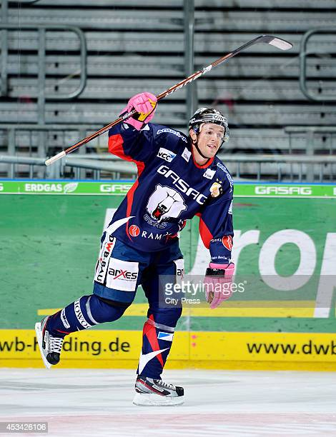 Daniel Briere during a DEL game in Berlin, Germany.