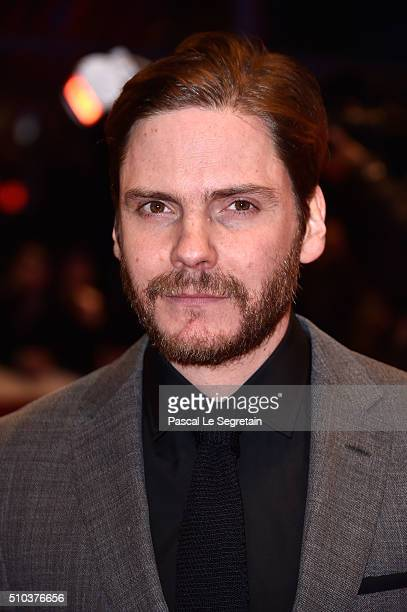 Daniel Bruehl attends the 'Alone in Berlin' premiere during the 66th Berlinale International Film Festival Berlin at Berlinale Palace on February 15...