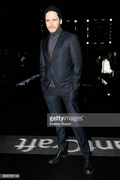 Daniel Bruhl attends the Pal Zileri show during Milan Men's Fashion Week Fall/Winter 2016/17 on January 16 2016 in Milan Italy