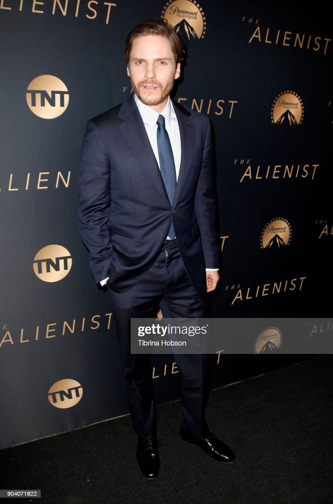 Daniel Bruhl attends the premiere of TNT's 'The Alienist' on January 11, 2018 in Los Angeles, California.