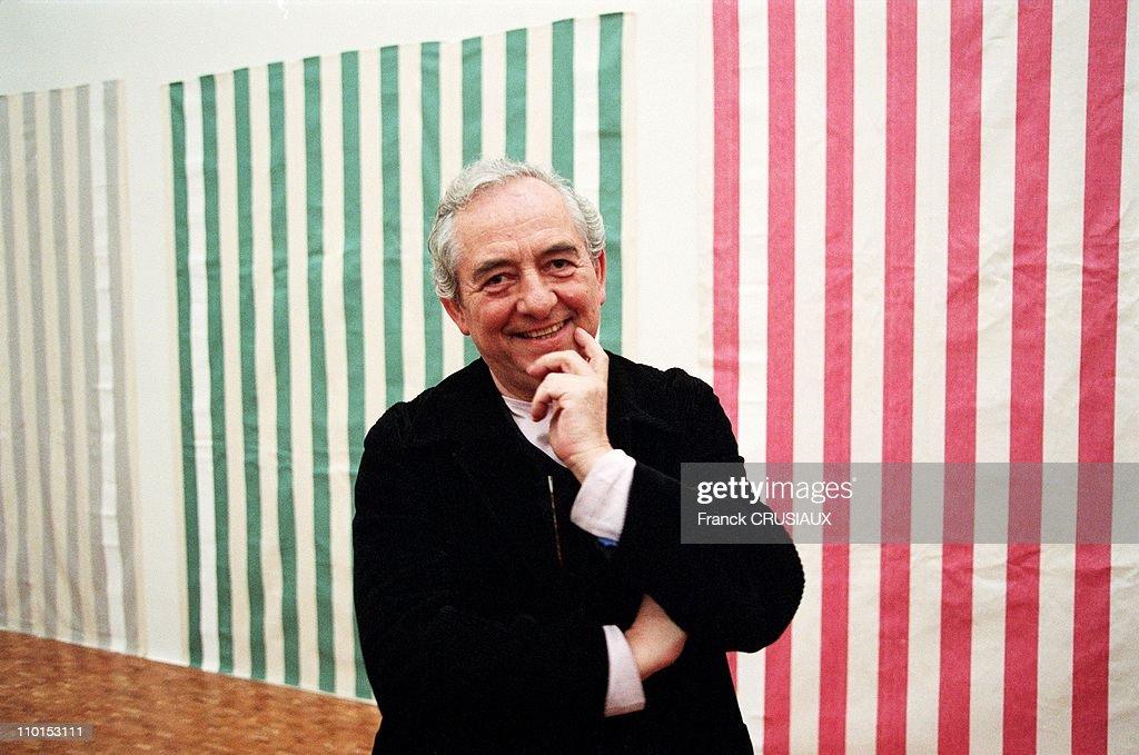 Daniel Buren presents his exhibition in Villeneuve d'Ascq, France on January 21, 2000.  : News Photo